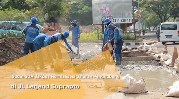 Sudin SDA Jakpus Normalisasi Saluran Penghubung di Jl. Letjend Suprapto