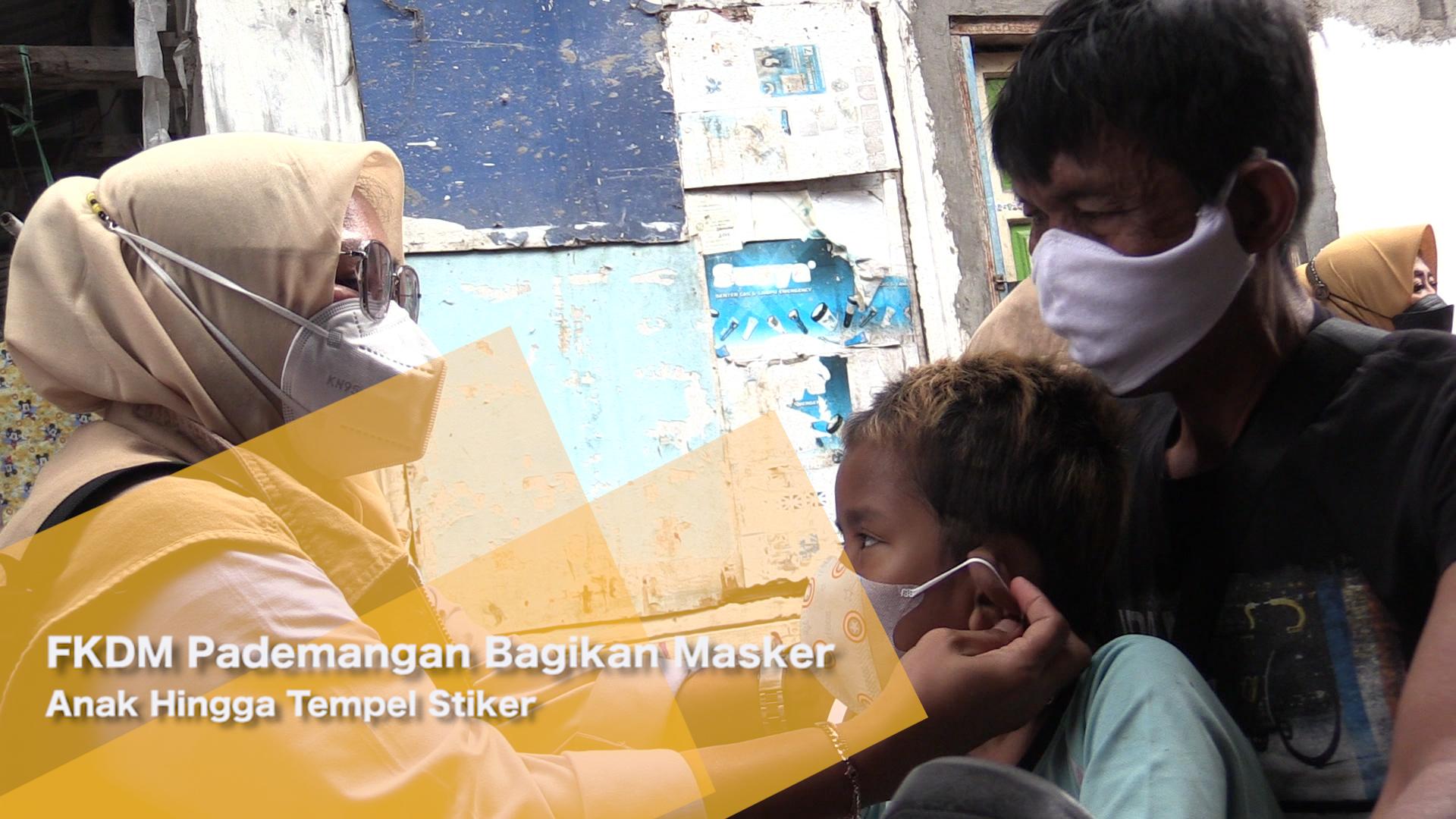 FKDM Pademangan Bagikan Masker Anak Hingga Tempel Stiker